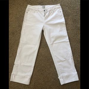 White House Black Market Blanc Denim White capris